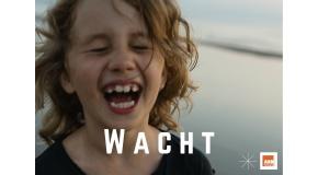 WACHT.
